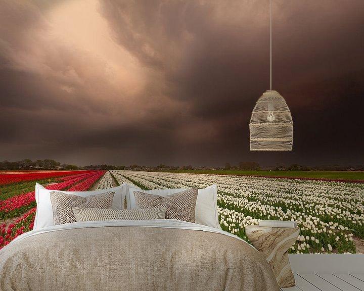 Sfeerimpressie behang: Storm op komst... van Ron Buist