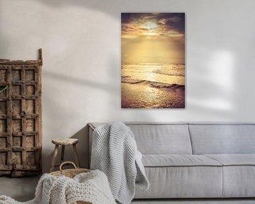 Zonlicht boven de Noordzee van Evert Jan Kip