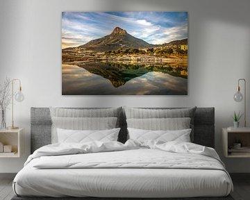 Zonsondergang Tafelberg Kaapstad van Eric van den Berg
