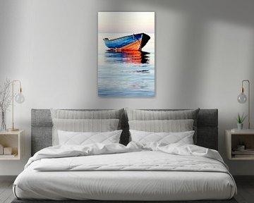 boat in blue and red van Jana Behr