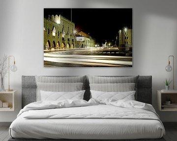 Streets at night.... van Silvia van Zutphen