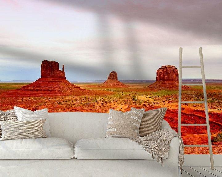 Sfeerimpressie behang: Monument Valley (USA) van Véronique Termoshuizen