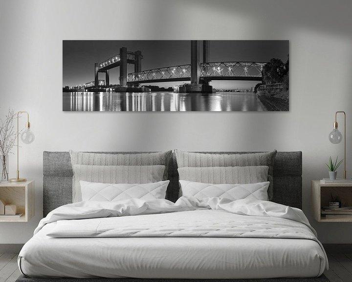 Sfeerimpressie: Panorama Spijkenisserbrug zwart/wit van Anton de Zeeuw