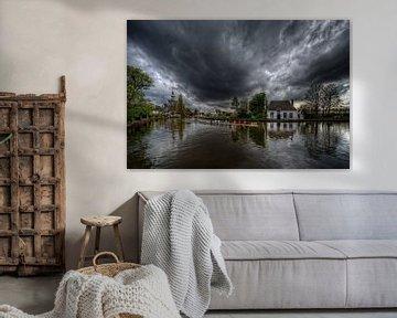 Roeien voor de storm / Veerhuis / Overschie / Rotterdam van Rob de Voogd / zzapback