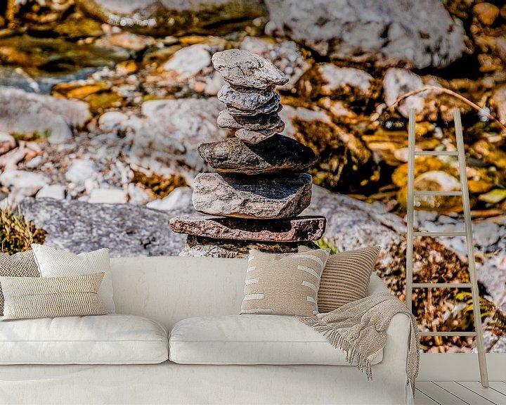Sfeerimpressie behang: Steenmannetje  van Stedom Fotografie