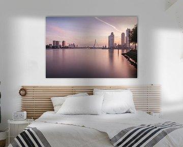 Sunrise in Rotterdam II von Ilya Korzelius