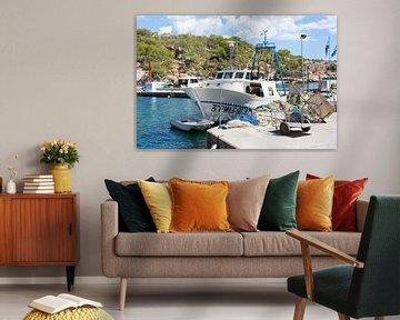 Vissersboot in de haven van Mark Scholten