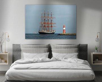 Sailing ship and Mole in Warnemuende van Rico Ködder