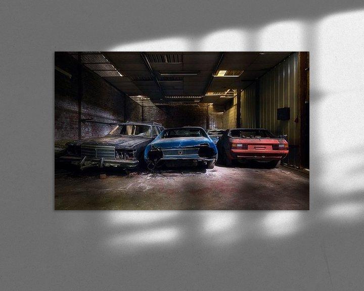 Sfeerimpressie: Opgeslagen Autowrakken. van Roman Robroek