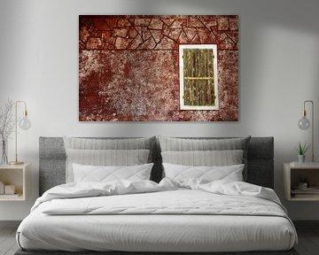 Fensterladen an roter Wand van Andreas Müller