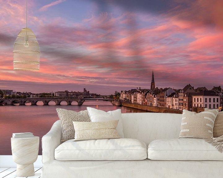Sfeerimpressie behang: Zonsondergang Maastricht van Bert Beckers