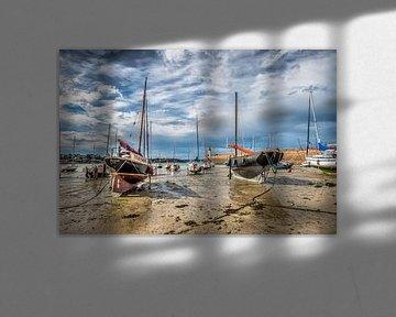 De haven van Erquy, Bretagne, Frankrijk van Harrie Muis