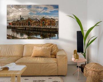 Pomphuis in de haven van Belfast van Adri Vollenhouw