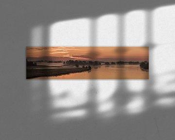 IJssel panorama bij zonsopgang van Erik Veldkamp