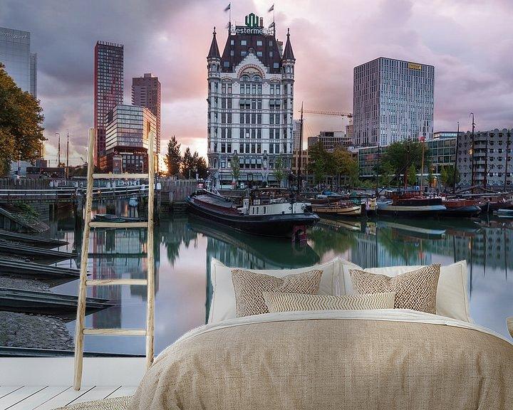 Sfeerimpressie behang: Zonsondergang Oude Haven Rotterdam van Ilya Korzelius