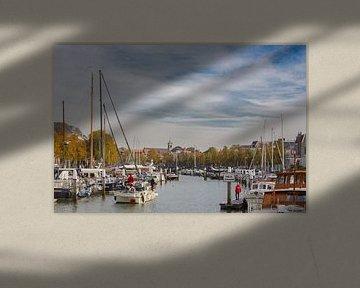 Eén van de havens in Dordrecht (Zuid-Holland) van Fotografie Jeronimo
