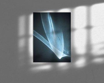 The dancing licht in blue (3) von Mart van Zwam