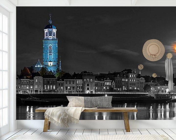 Sfeerimpressie behang: Panorama Lebuïnuskerk te Deventer met supermaan van Anton de Zeeuw