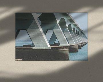 Zeelandbrug met  industriële architectuur van Fotografiecor .nl