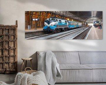 Panorama Zug in den Hauptbahnhof Amsterdam