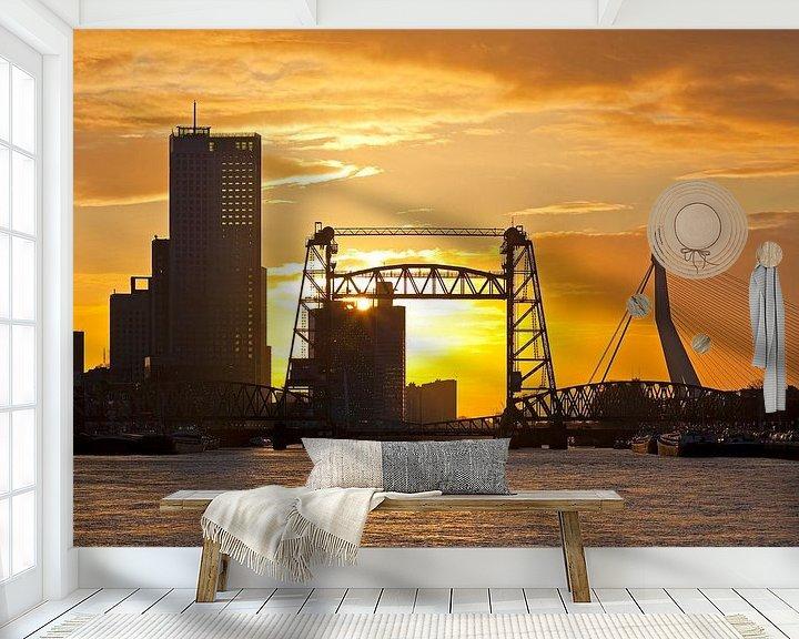 Sfeerimpressie behang: Zonsondergang bij De Hef te Rotterdam van Anton de Zeeuw
