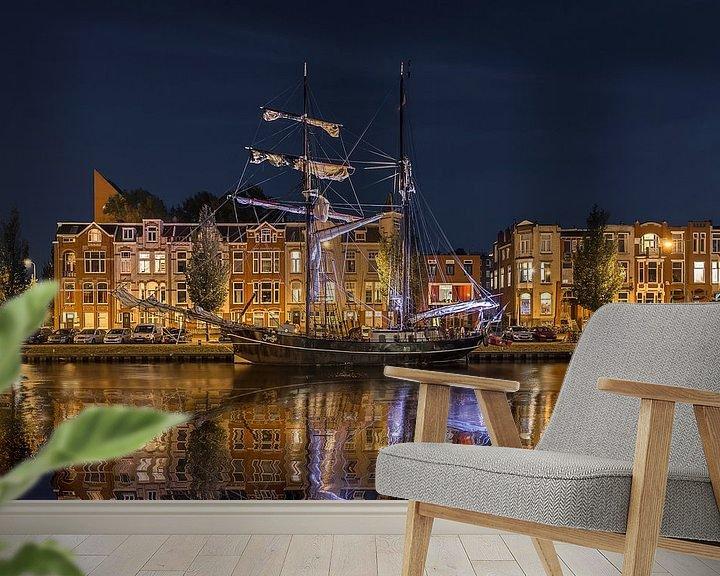 Sfeerimpressie behang: Avond in Oosterhaven Groningen van Peter Bolman