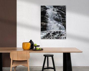 Waterval in de bergen van Pieter Korstanje