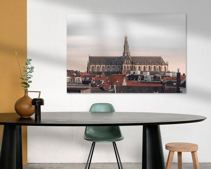 Sfeerimpressie: Haarlem: St. Bavo  skyline. van Olaf Kramer