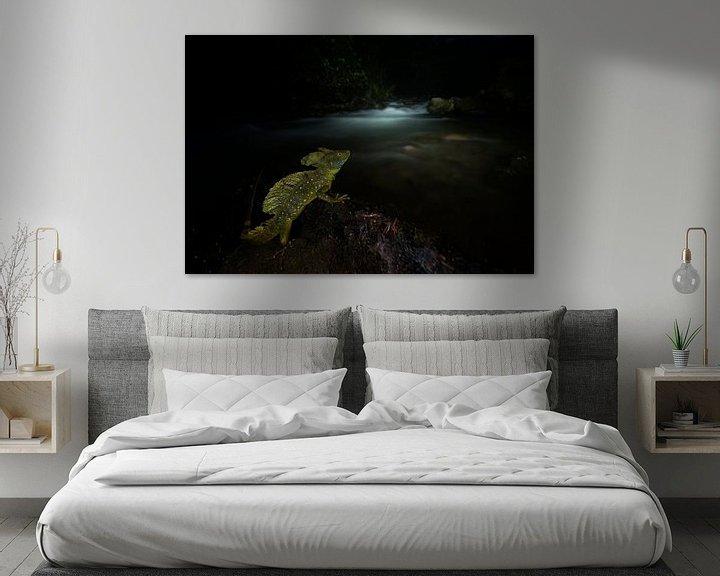 Sfeerimpressie: Bassilisc at night van Salvador  Colvee