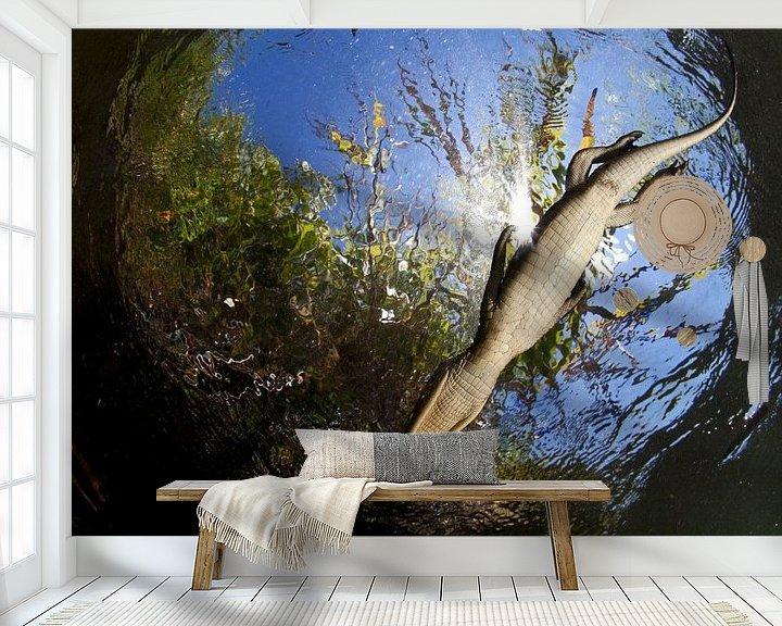 Sfeerimpressie behang: Caiman paradise van Salvador  Colvee