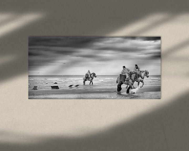 Sfeerimpressie: Garnalenvissers op het strand van Ada van der Lugt