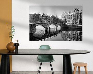 Brug reflectie Amsterdam van Dennis van de Water