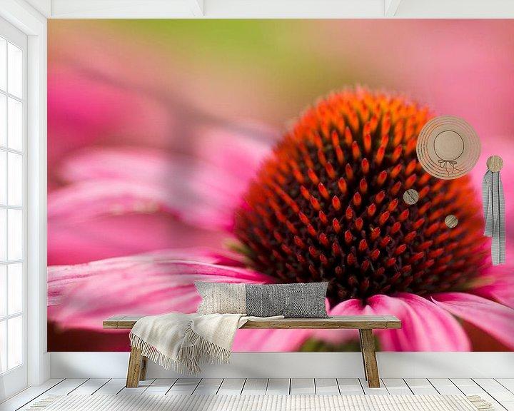 Sfeerimpressie behang: Flower 'Pink' van Greetje van Son