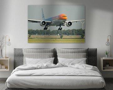 Landing of the Orange Pride of KLM