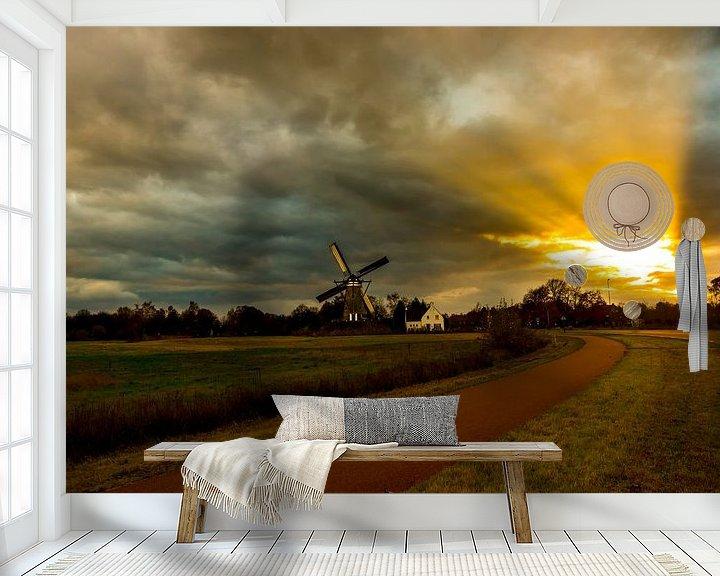 Sfeerimpressie behang: Schemerlicht op een windmolen van Brian Morgan
