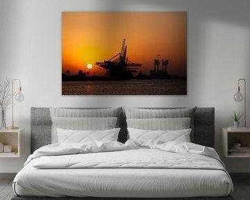 Sunset op de Maasvlakte von Guido Akster
