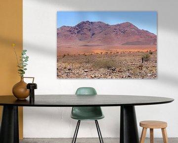 Paars berglandschap, Namibië van Inge Hogenbijl