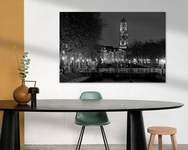 Sfeerimpressie: Weerdsluis, Oudegracht en Domtoren in Utrecht, ZWART-WIT van Donker Utrecht