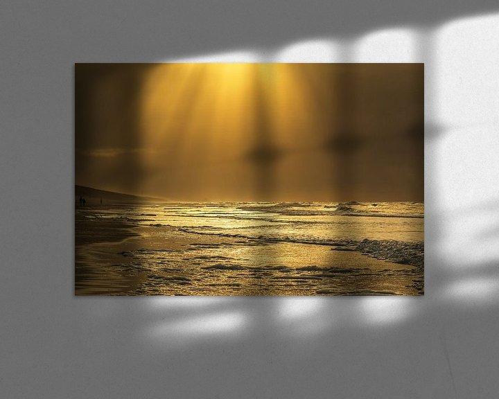 Sfeerimpressie: Golden seascape van Ilya Korzelius