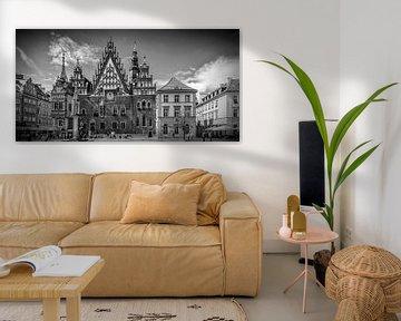WROCLAW Main Market Square and Town Hall | panorama monochrome van Melanie Viola