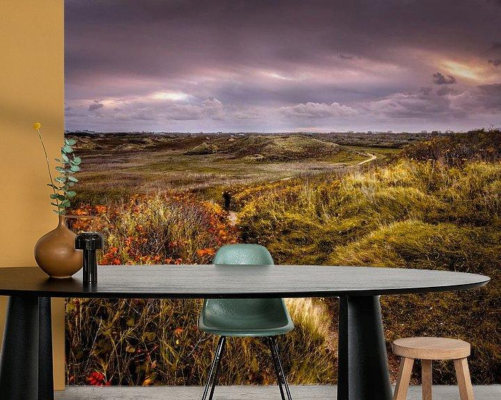 Sfeerimpressie behang: Nature's Tracks van Martijn van der Nat