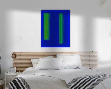 Abstract schilderij met blauw en groen van Rietje Bulthuis