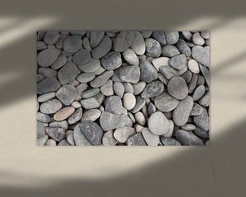 Grey stones van Patricia Verbruggen