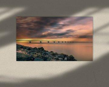 Zonsondergang bij de Zeelandbrug sur Alex Riemslag