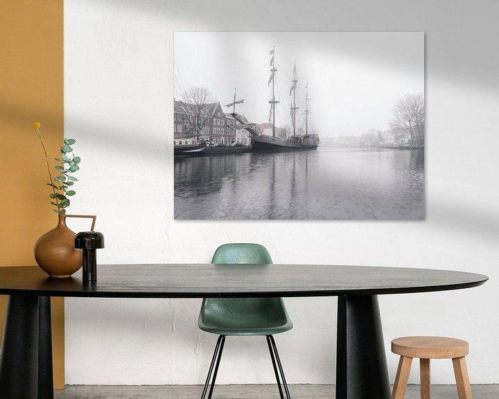 Sfeerimpressie: Haarlem: Tallship de Soeverijn bij mist. van Olaf Kramer