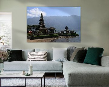 Pura Ulun Danu Bratan water tempel op Bali van Gert-Jan Siesling