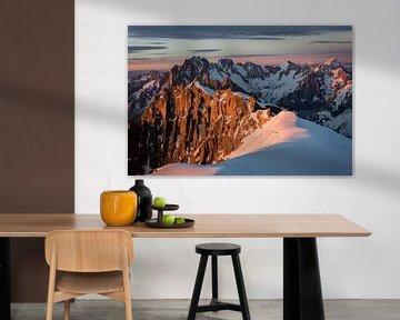 Coucher de soleil sur les Alpes van Alpine Photographer