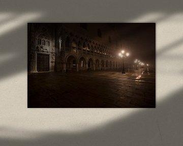 Nachts am Markusplatz