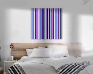 Striped art lilac blue sur Patricia Verbruggen