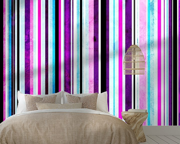 Sfeerimpressie behang: Striped art pink purple aqua van Patricia Verbruggen